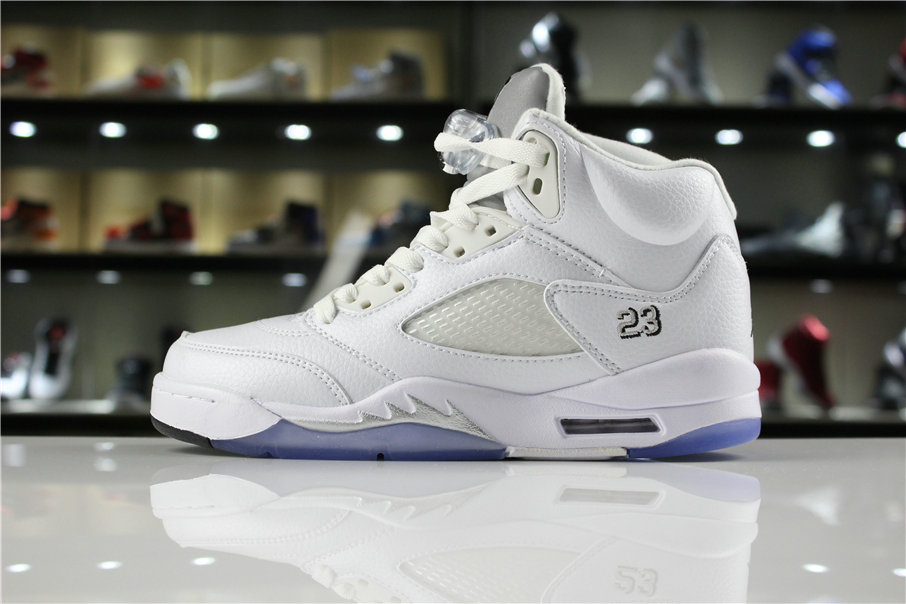 finest selection 59d9d 9af32 Cheap Wholesale 2018 Air Jordan 5 Retro Metallic Silver 136027-130 Mens and  WMNS Shoes