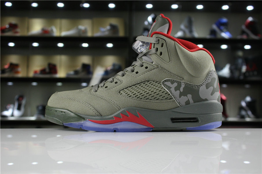 885c82999724 Cheap Wholesale 2018 Mens Air Jordan 5 Camo Dark Stucco University Red  136027-051 -