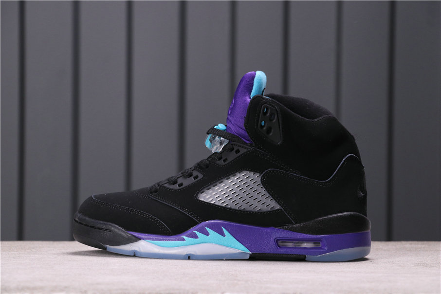 2021 Where To Buy Womens Wholesale Cheap Air Jordan 5 Alternate Grape Grape Ice Black-Clear-New Emerald 136027-500 - www.wholesaleflyknit.com