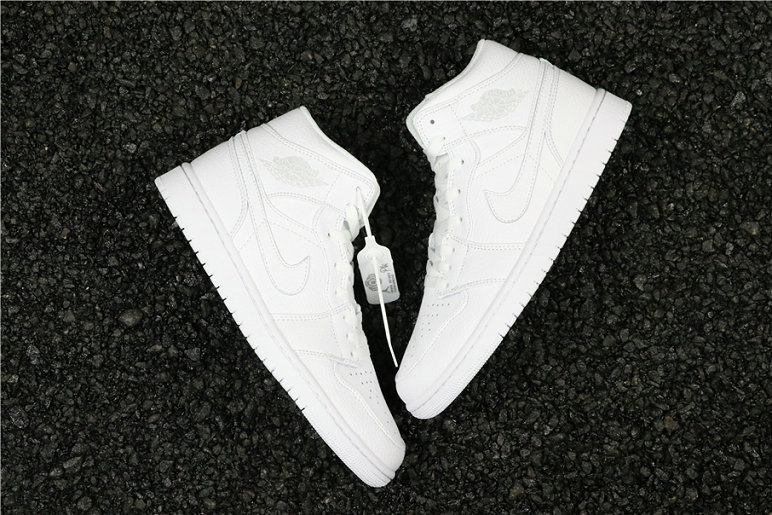 Cheapest Wholesale Nike Air Jordan 1 Mid White Pure Platinum 554724-104 - www.wholesaleflyknit.com