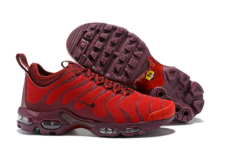 Cheap Wholesale Nike Air Maxs Plus TN Ultra Wine University Red On www.wholesaleoffwhite.com