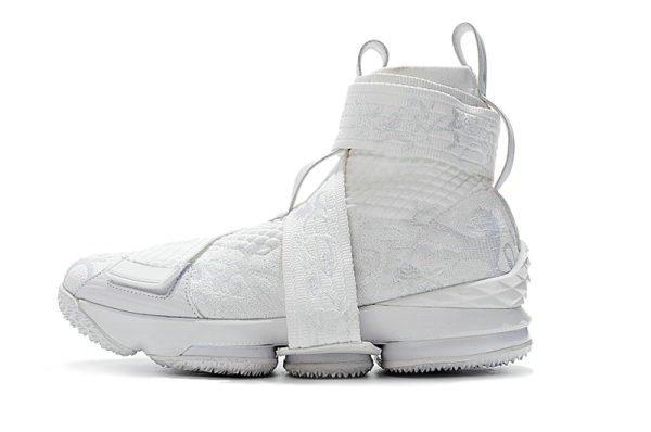 Cheap Wholesale KITH x Nike LeBron 15 Lifestyle City of Angels Triple White Mens Basketball Shoes - www.wholesaleflyknit.com