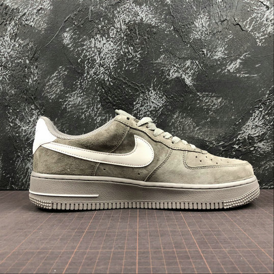 Wholesale Nike Air Force 1 07 Womens AA1118-006 Grey Pig Eight Gris Cochon-www.wholesaleflyknit.com