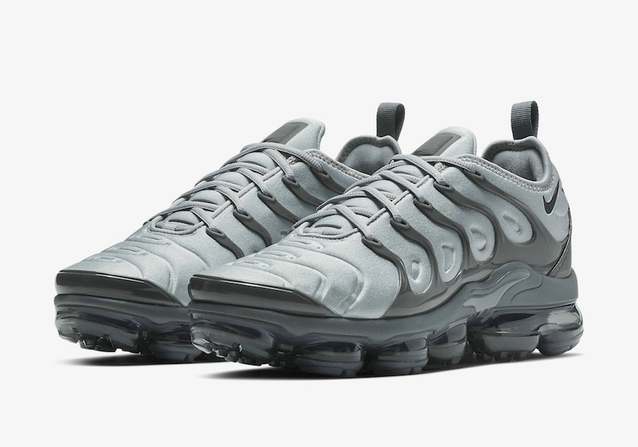 Wholesale Nike Air VaporMax Plus Wolf Grey Black-Dark Grey 924453-016-www.wholesaleflyknit.com
