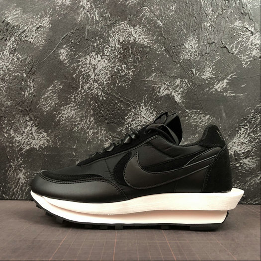 Where To Buy 2019 Womens Cheap Wholesale Sacai x Nike LdWaffle Black White Noir Blanc BV0073-300 - www.wholesaleflyknit.com