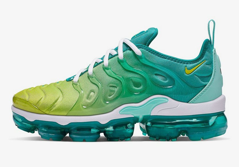 Where To Buy Wholesale Cheap Womens Nike Air VaporMax Plus Spirit Teal Tropical Twist-White-Cyber CI9900-300 - www.wholesaleflyknit.com