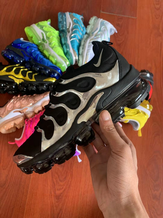 Where To Buy Cheap Wholesale Womens Nike Air VaporMax Plus TN Metallic Gold Black - www.wholesaleflyknit.com