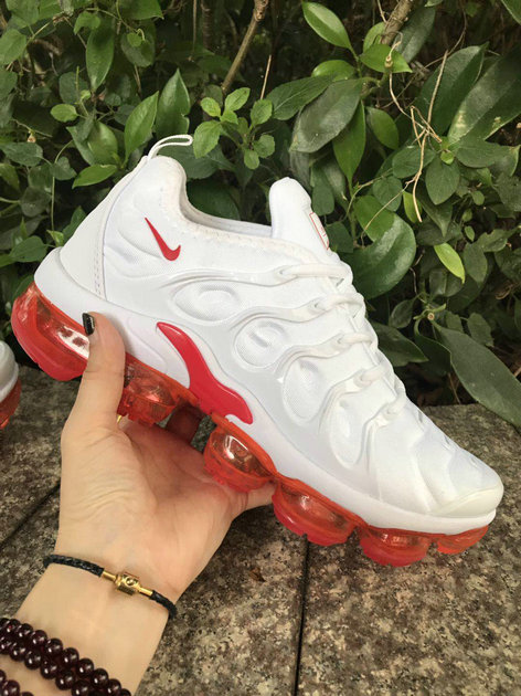 Where To Buy Cheap Wholesale Womens Nike VaporMaxs Plus White University Red - www.wholesaleflyknit.com