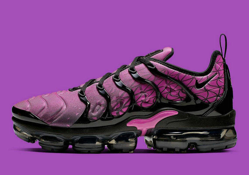 Womens 2019 Nike Air VaporMax Plus Active Fuchsia Black 924453-603 - www.wholesaleflyknit.com