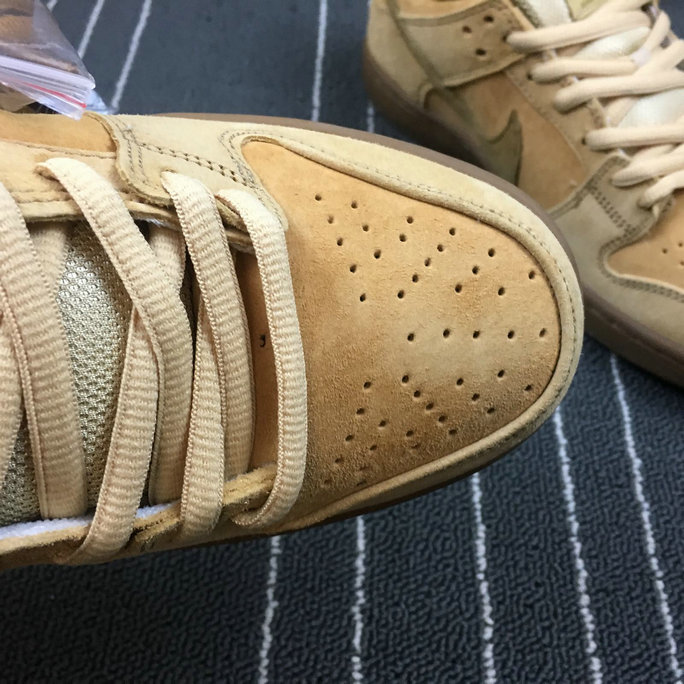 Wholesale Nike Dunk SB Low TRD QS Mens 883232-700 Dune Twig Wheat Gum Med Brown Brindille-www.wholesaleflyknit.com